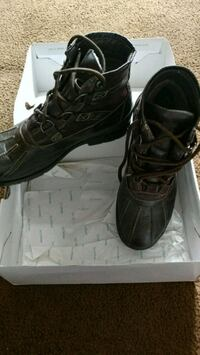Brown upper leather tie up boots size 13 Germantown, 20876