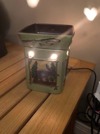 RUSTIC OUTDOORSY WAX WARMER  Kitchener, N2A 2W1