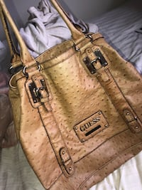 Brown Leather Guess Purse Kamloops, V2C 4V6