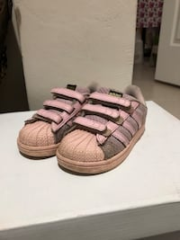Adidas superstar 23,5 no 8489 km