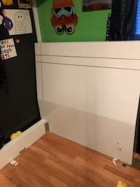 Twin bed w/mattress and boxspring South Bend