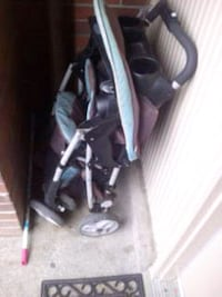 Graco stroller  good condition just dusty no use for it work great