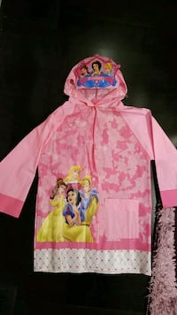 Girls Princess Rain Coat - Never Worn Mississauga, L5M 0B7