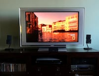 "TV, 42"" Sony Bavaria"