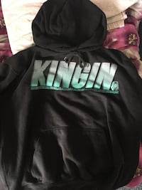Young thug kingin hoodie size small New Westminster, V3L 1E7