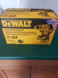 Brand New DeWalt brushless compact drill/driver combo kit