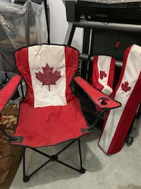 2 collapsible portable Canada chairs with pockets with carrying case Oakville, L6K 1S2