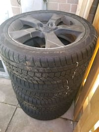5-spoke car wheel with winter tire set Toronto, M1H 1R3
