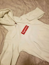white and red Supreme pullover hoodie Rockville