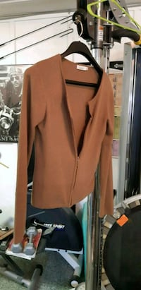 brown zip-up jacket Coquitlam, V3J 4B5