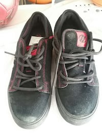 Shoes size 5 . Heely's Shoes Black and Red Colors Menifee, 92584