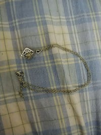 silver chain necklace with pendant Lakehills, 78063