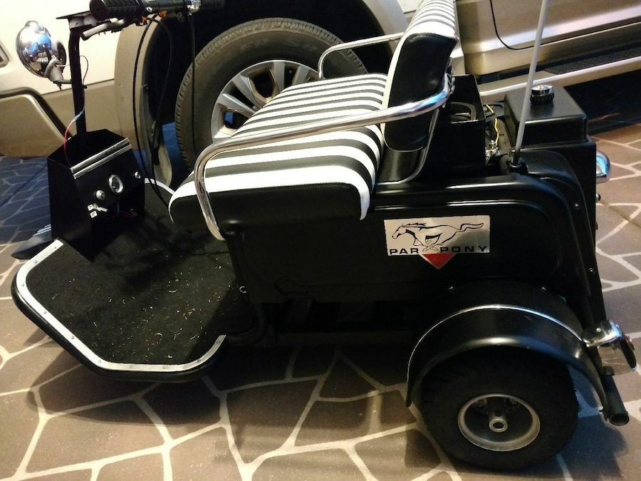 used black and white par pony golf cart for sale in haines city letgo Par Car