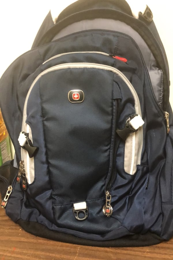 Backpack 40a96c2d-4469-4790-8015-6a529607e280