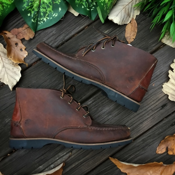 Vintage Timberland Boots (Size 8)