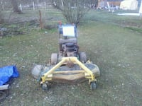 Sold Yellow And Black Push Mower In Elizabethtown Letgo