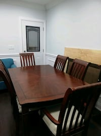 retro solid wood dinner table set with 6 chairs Toronto, M5R 3H3