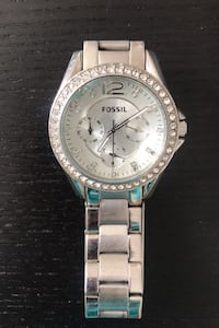 Women's silver fossil watch- Negotiable! Catonsville, 21228