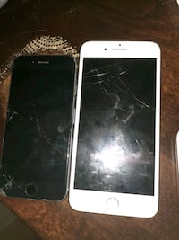 two broken iphones Slater-Marietta, 29661