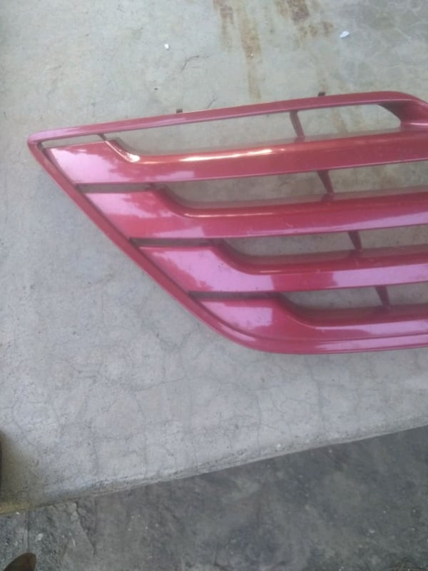 (Phone number hidden by letgo) TA CAMRY FRONT GRILLE 8