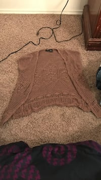 women's brown knitted sweater Lubbock, 79407