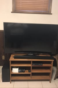 """55"""" curved samsung 4k tv with sound bar like new condition"""