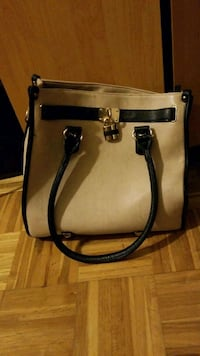 white and black leather 2-way handbag Mount Royal, H3P 2B2
