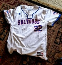 Lincoln Saltdogs Jersey #32 signed  Lincoln, 68516