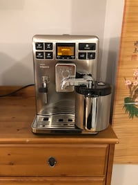 Saeco Exprelia fully automatic espresso machine coffee maker