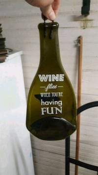 Flattened bottle with wine quote Des Moines, 50309