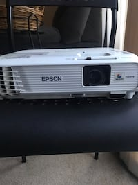 Epson projector with screen  Dumfries, 22026