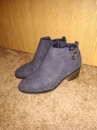 pair of blue suede booties Naperville, 60540