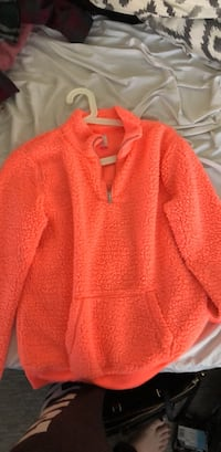 red knitted long sleeve shirt Pitt Meadows, V3Y