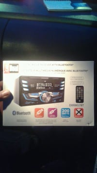 Digital media receiver with Bluetooth BRQND NEW box never opened