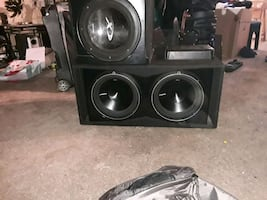 Moving sale  Tv car speakers