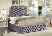Brand new in box king platform bed Mississauga, L5N 3A3