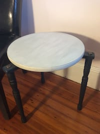 "Vintage Accent Table (18"" x 18"") Schenectady, 12308"