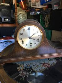 Old clock with key Pickering, L1V
