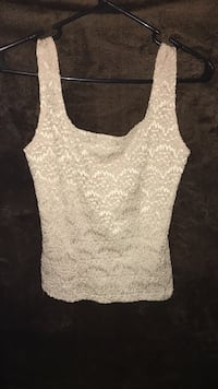 Lace sleeveless top  Bellingham, 98225