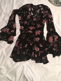 Flower dress size small Surrey, V4N