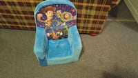 blue and white Fisher-Price bouncer seat Saint-Constant, J5A 1P9