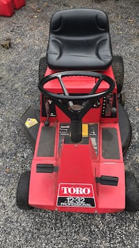 TORO 12-32   Riding Mower needs gearbox fixed  Tampa, 33618