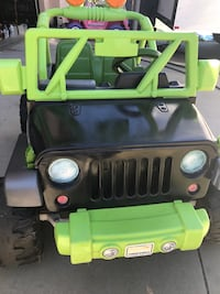 used jeep ride on power wheels for sale in banning letgo. Black Bedroom Furniture Sets. Home Design Ideas