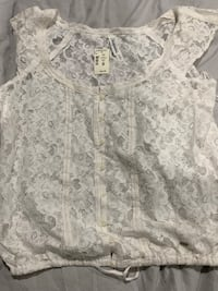 Women's top and cardigan with hat ! Brand new with tags Burnaby, V5E 2H7