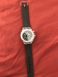 Diamond Bezel round silver-colored analog watch with black rubber watch band Tucson, 85714