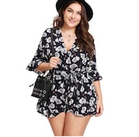 New navy floral romper  Los Angeles, 90003