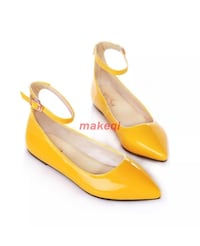 Brand New Yellow Pointy Flat shoes( US Size 8) Pelham, 35124