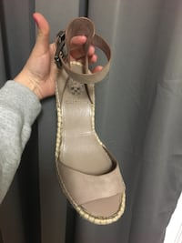 Vince Camuto Wedge sandals Dumfries