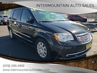 Chrysler-Town and Country-2015 Grand Junction