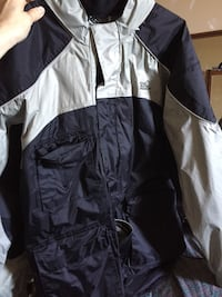 Men's small raincoat  Kingston, K7K 6N9